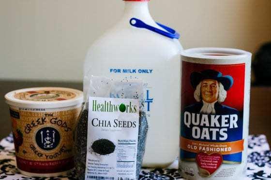 Toddler Eating: Chia and Oatmeal Yogurt Breakfast Jars