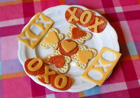 fun with crackers cheese - Healthy Valentines Snacks