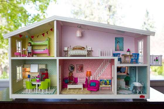 However, something that really makes these Swedish dollhouses stand out is  the ability to easily change out the wallpaper