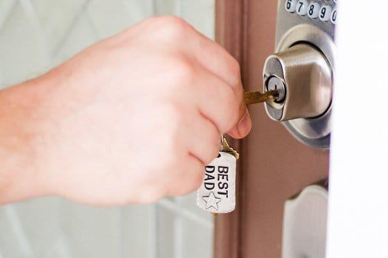 Key chain door