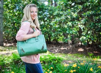 stylish diaper bags for moms