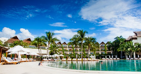 grand_velas_resort_pool (15)