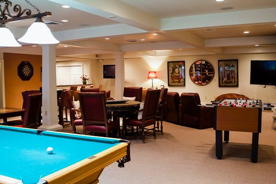 Old Edwards Inn Game Room