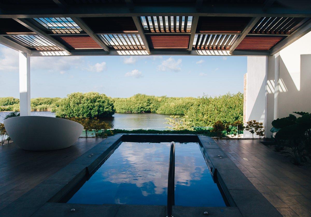 breathless-riviera-cancun-resort107
