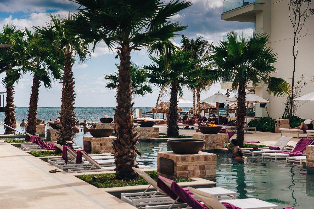 breathless-riviera-cancun-resort21