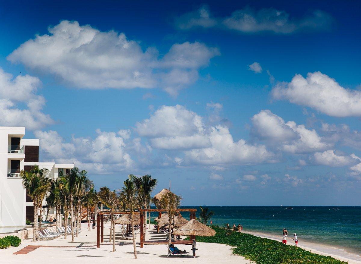 breathless-riviera-cancun-resort3