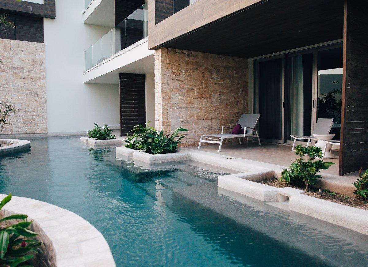 breathless-riviera-cancun-resort54