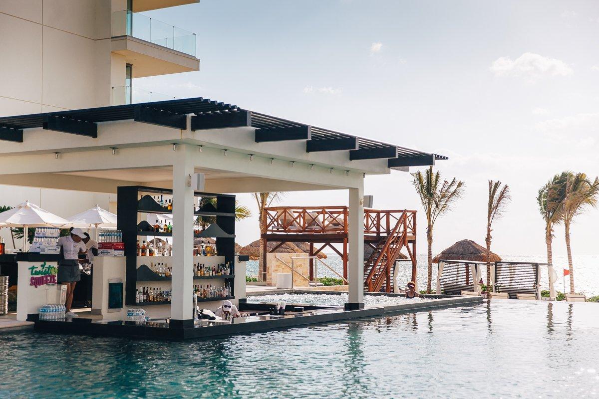 breathless-riviera-cancun-resort94