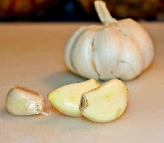 4 Reasons You Should Eat More Garlic