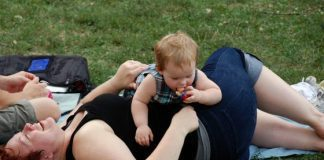 8 THINGS MOMS SHOULD NEVER FEEL ASHAMED ABOUT