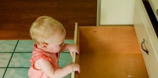 6 TIPS FOR A HASSLE-FREE MOVE WITH CHILDREN