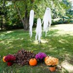 DIY HAUNTING HALLOWEEN GHOSTS
