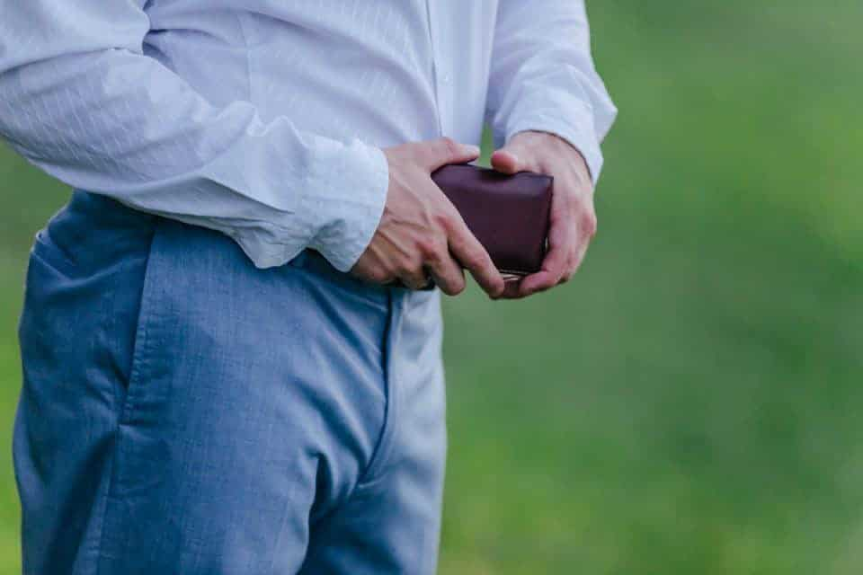 moral-code-wallet-fathers-day-gift-guide (1)