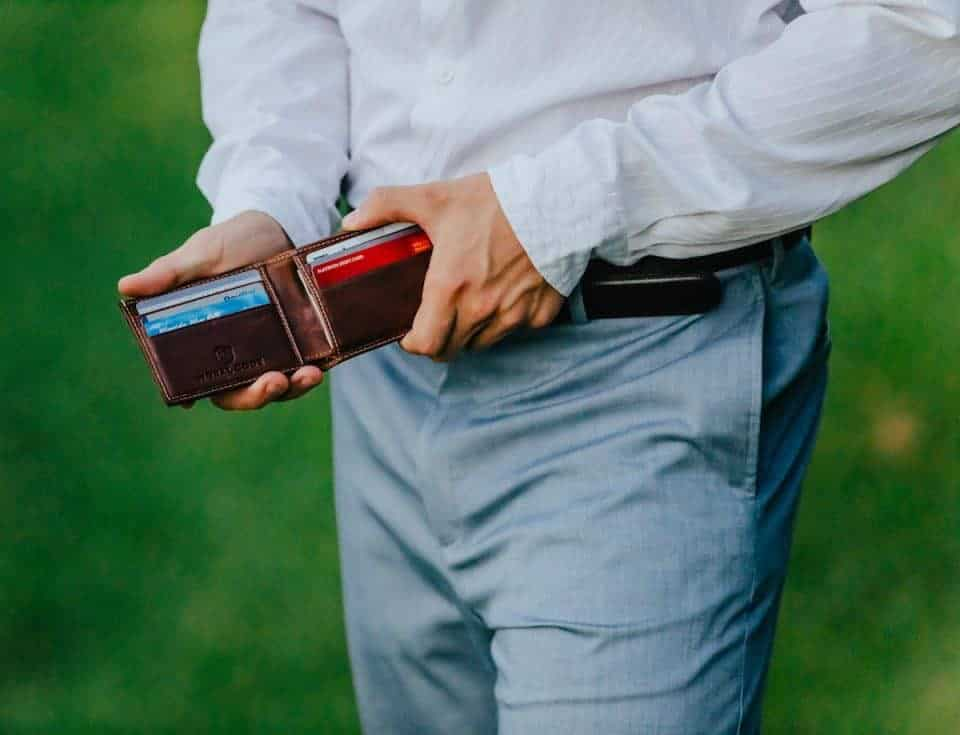 moral-code-wallet-fathers-day-gift-guide (4)