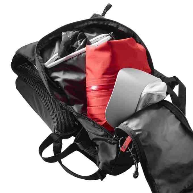 salomon-backpack-inside
