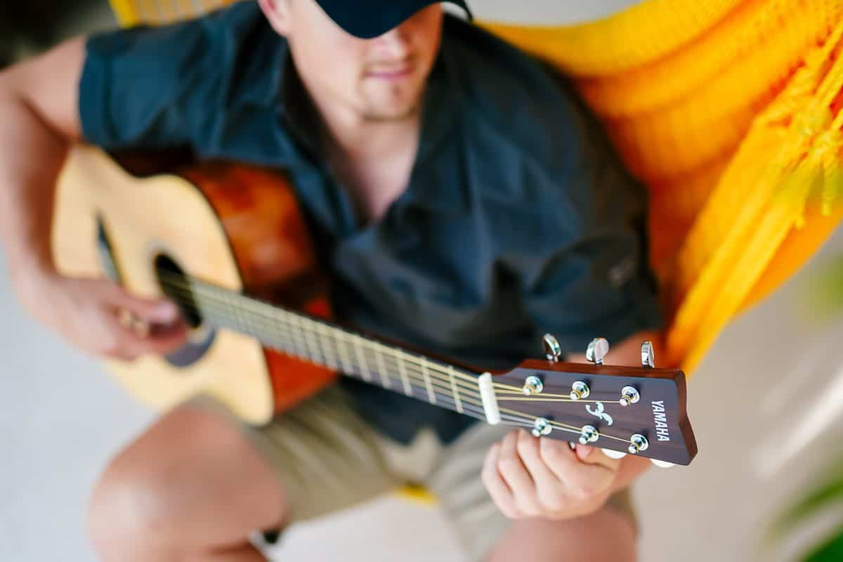 Daily Mom parents portal best gift ideas for men yamaha guitar 2