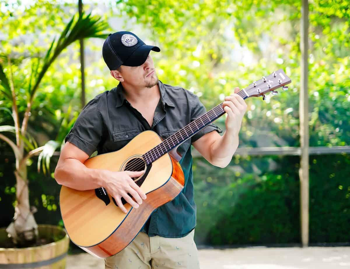 Daily Mom parents portal best gift ideas for men yamaha guitar 4