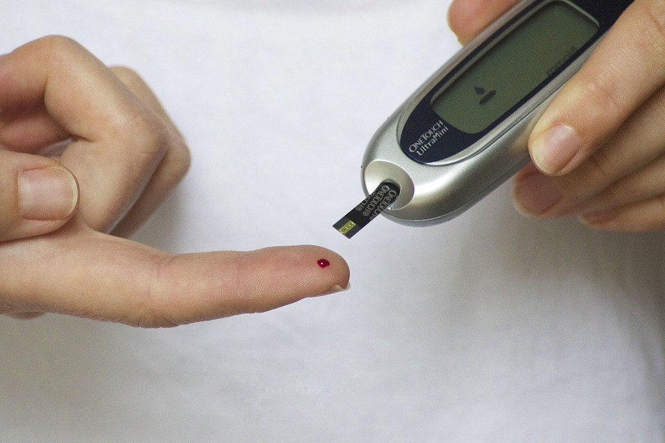 10 Easy Ways To Lower Blood Sugar Levels Naturally 2
