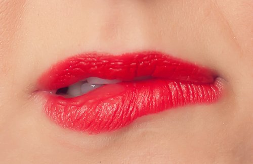 Get Rid of Your Red Lipstick Fear Once & For All 2 Daily Mom Parents Portal