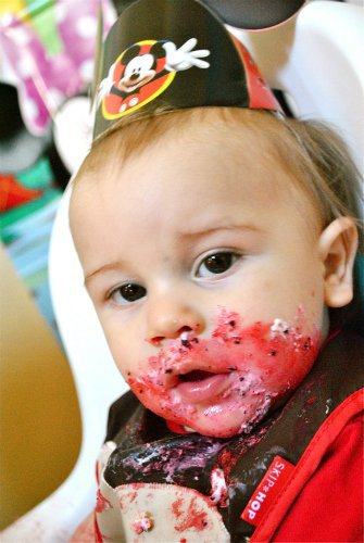Baby's First Birthday: Must Take Photos 7 Daily Mom Parents Portal
