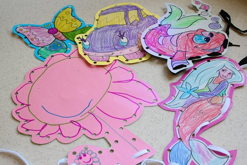 DIY Kids Art Lacing Cards 2 Daily Mom Parents Portal