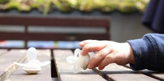 daily-mom-parent-portal-Bye-Bye-Binky-5-ways-to-get-rid-of-the-pacifier