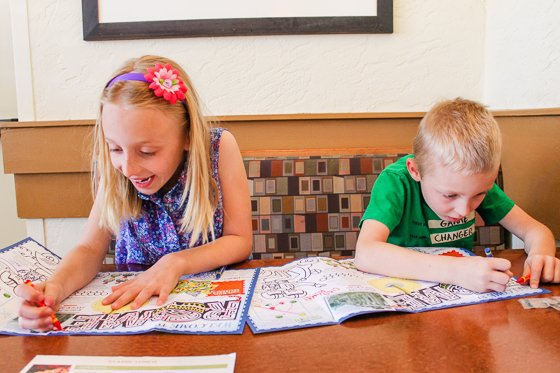 Electronic-free Ideas To Keep Kids Busy At A Restaurant