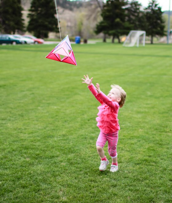 MAKE YOUR OWN PYRAMID KITE 8 Daily Mom Parents Portal