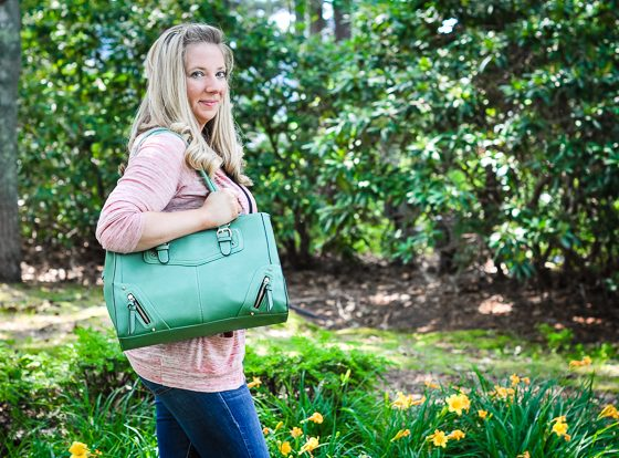 STYLISH CAMERA BAGS FOR MOMS 17 Daily Mom Parents Portal