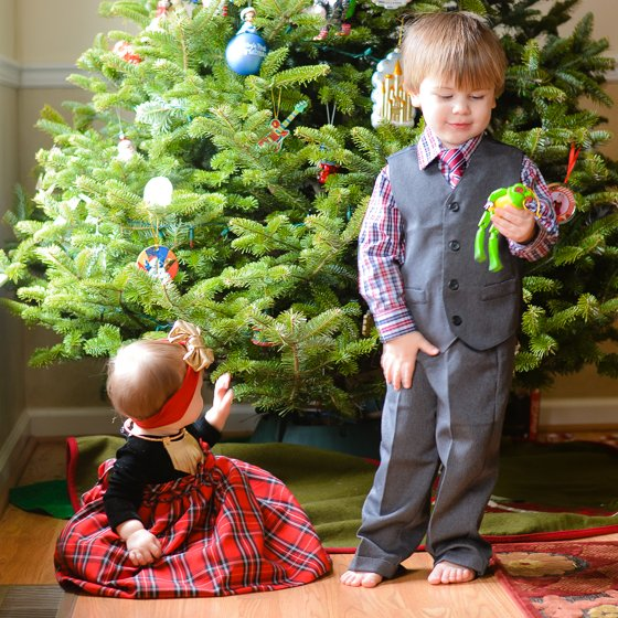 WHAT HOLIDAY DANGERS ARE LURKING IN YOUR HOME? 1 Daily Mom Parents Portal