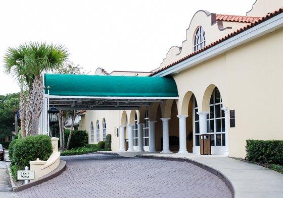 Exterior Entrance2