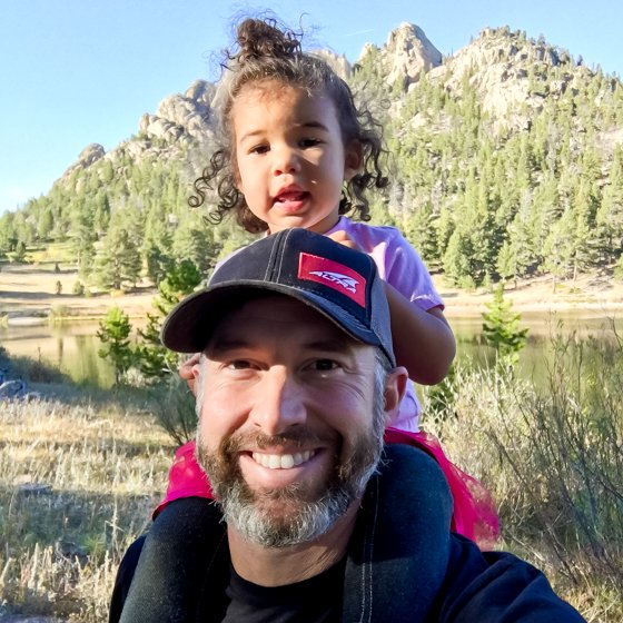 5 WAYS TO GET OUTSIDE AND RECONNECT TO NATURE 3 Daily Mom Parents Portal