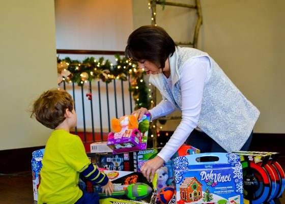 GETTING YOUR KIDS IN THE GIVING SPIRIT 1 Daily Mom Parents Portal