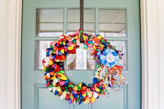 How to Make A Birthday Balloon Wreath 3 Daily Mom Parents Portal