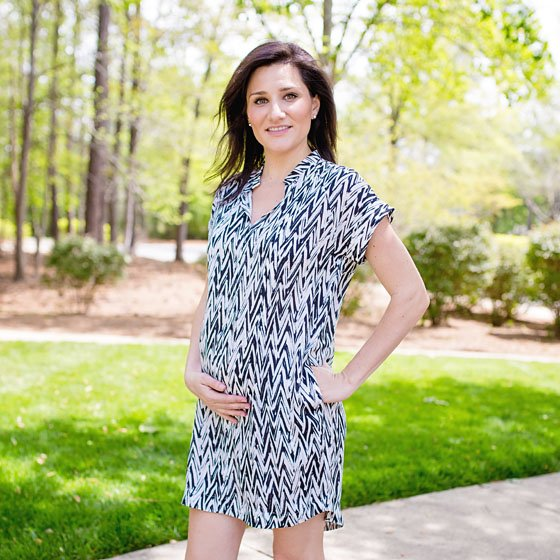 BLACK AND WHITE FASHION FOR THE MODERN MOM BY LOYAL HANA 5 Daily Mom Parents Portal