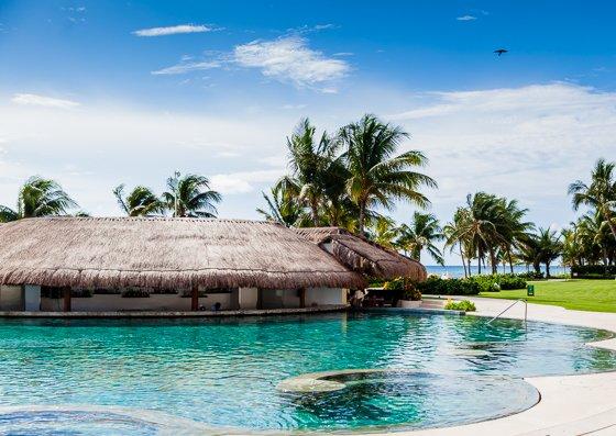 grand_velas_resort_pool (17)