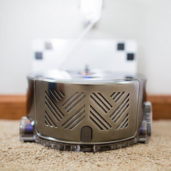 Daily Mom Spotlight: Dyson 360 Eye Robot 5 Daily Mom Parents Portal