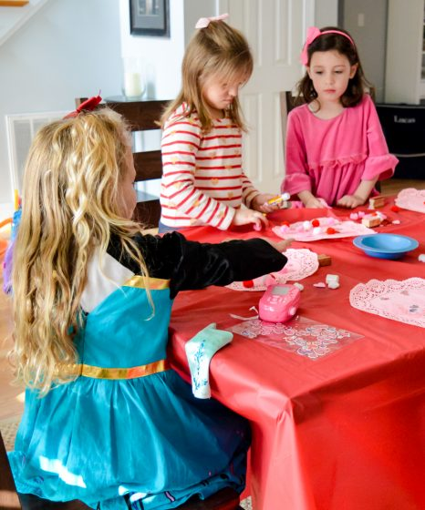 How to Throw a Birthday Party on the Cheap 4 Daily Mom Parents Portal