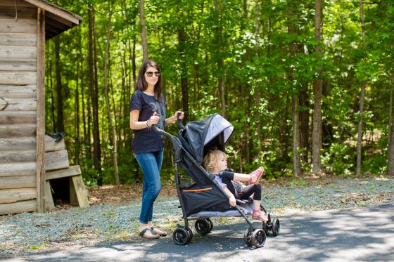 Stroller Guide: Carry It All On the Go with Summer Infant 3Dtote 9 Daily Mom Parents Portal