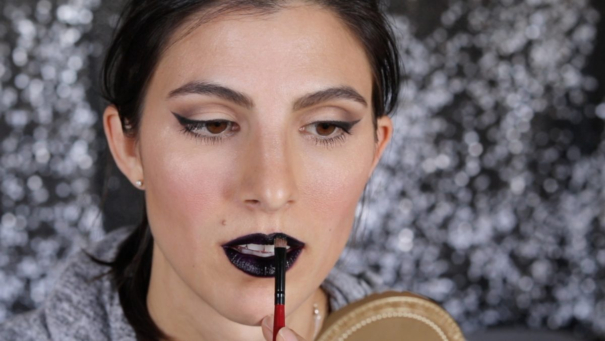 How to Rock Glitter Lips for Halloween 2 Daily Mom Parents Portal