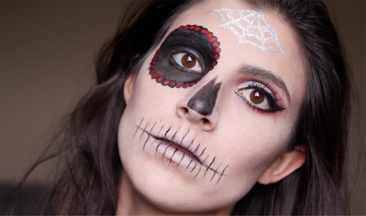 3 Skull Makeup Looks to Try 20 Daily Mom Parents Portal