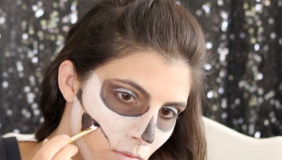 3 Skull Makeup Looks to Try 4 Daily Mom Parents Portal