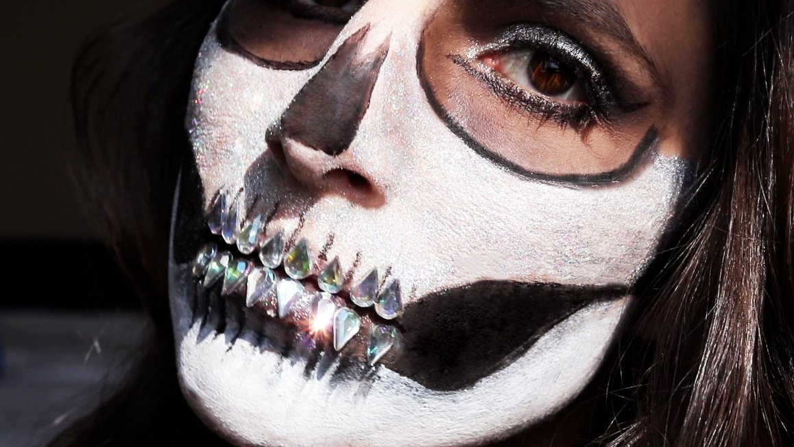 3 Skull Makeup Looks to Try 1 Daily Mom Parents Portal