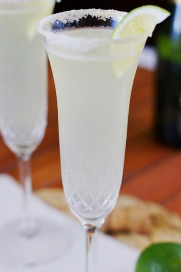 Top Ten Bubbly Cocktails For New Years 4 Daily Mom Parents Portal