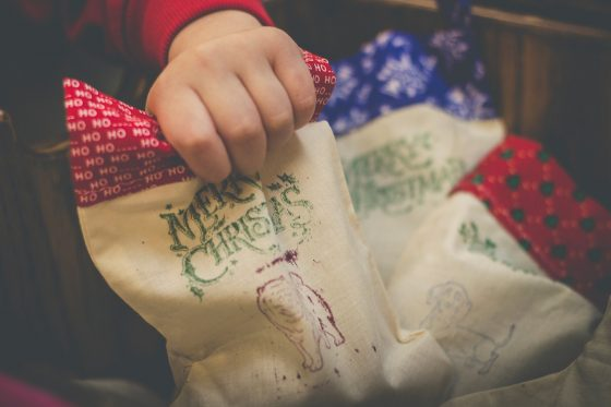 Tips on Holiday Gifting to the Less Fortunate and How to Include Your Kids 5 Daily Mom Parents Portal
