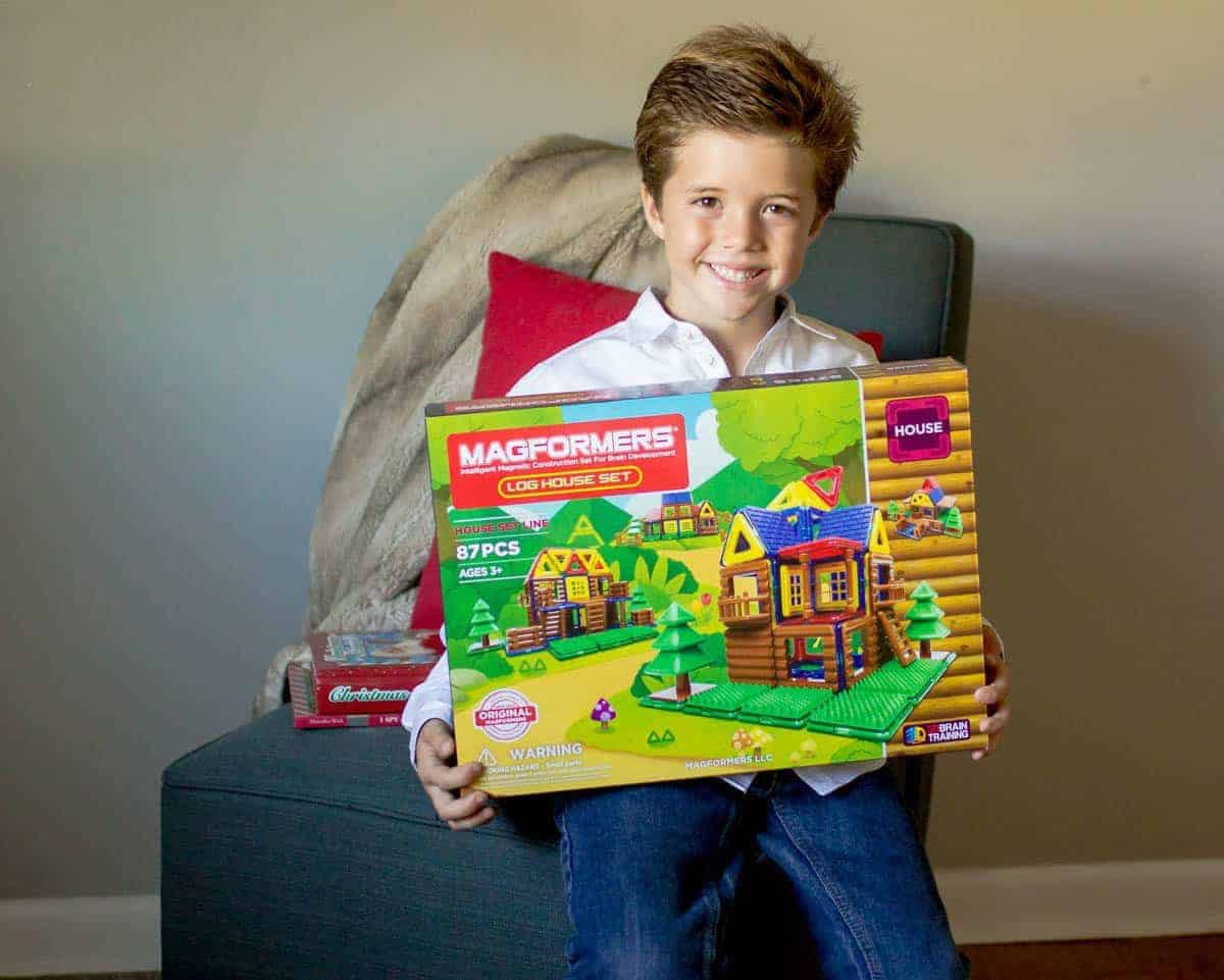 Benefits Of Building Toys : The benefits of building toys daily mom