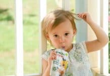 Feeding Baby On The Go: Six Healthy Snack Options