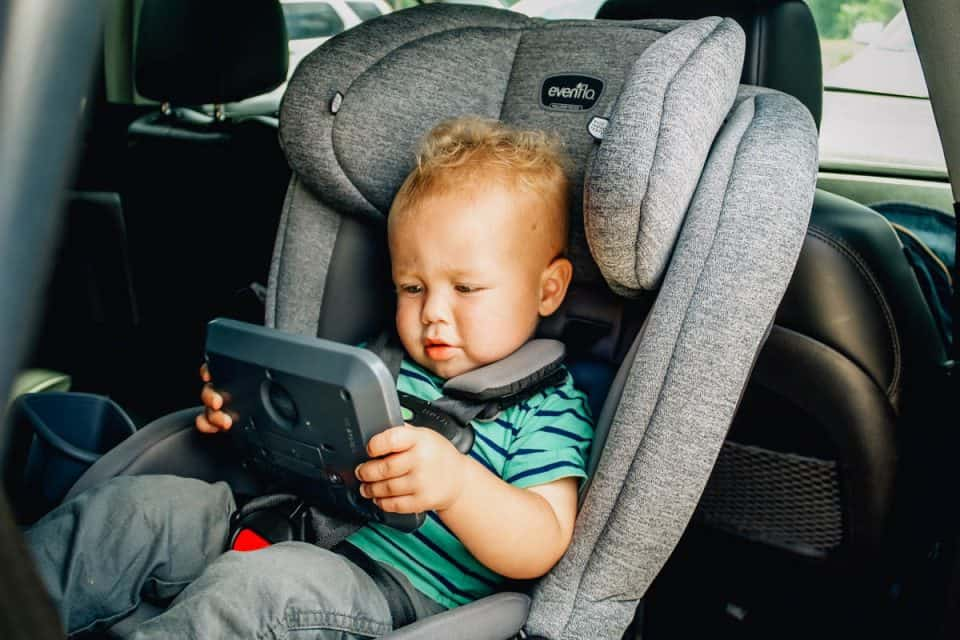 Entertaining Your Toddler From the Playroom to the Car 4 Daily Mom Parents Portal