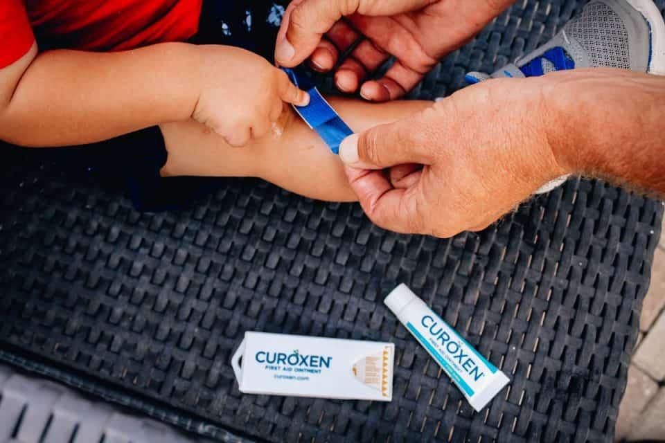 curoxen ointment