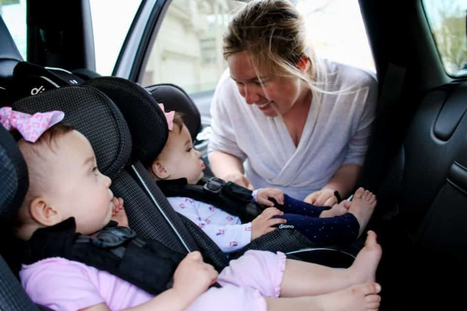 Choosing Car Seats For Twins 2 Daily Mom Parents Portal